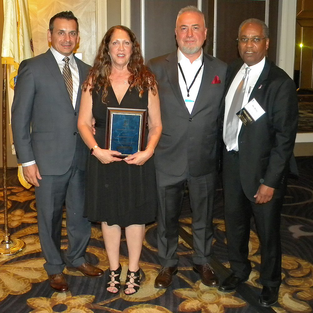 Karen & Tom Mantzouranis at the Mover of the Year award ceremony